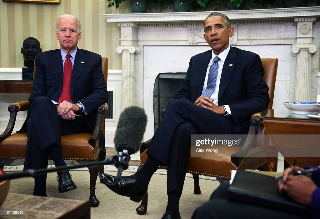 Obama Meets With Secretary Of State Kerry And VP Biden In The Oval Office Of White House : News Photo