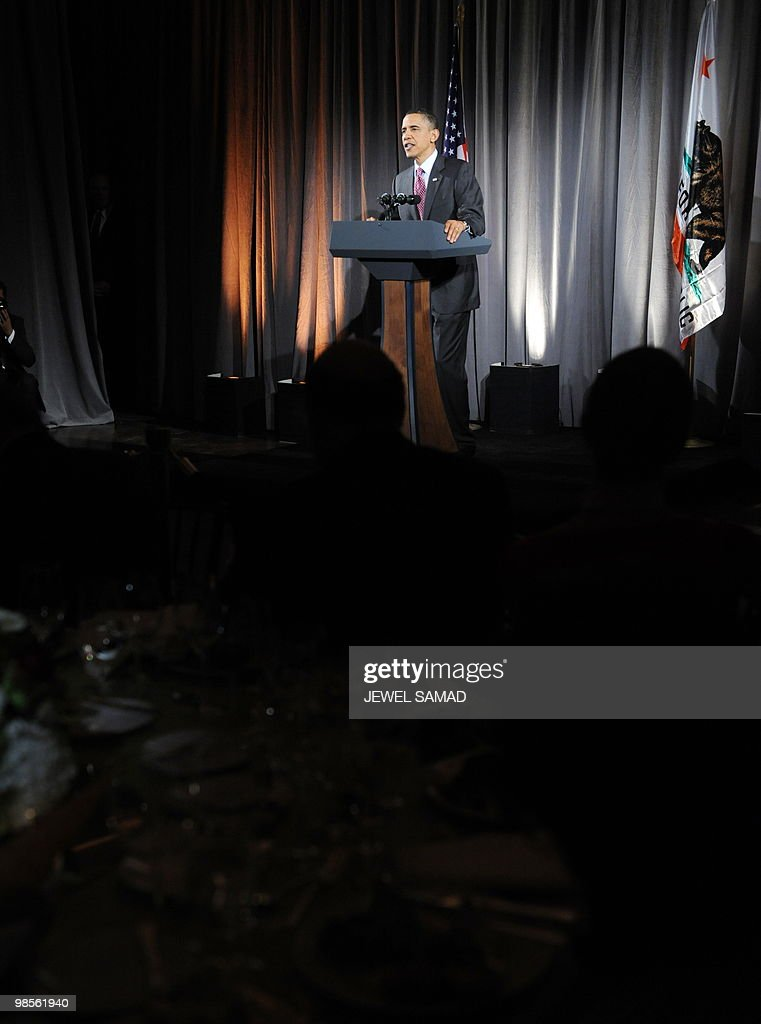 US President Barack Obama speaks at a fundraising reception for Senator Barbara Boxer and the DNC at the Museum of Natural History in Los Angeles, California, on April 19, 2010. AFP PHOTO/Jewel SAMAD