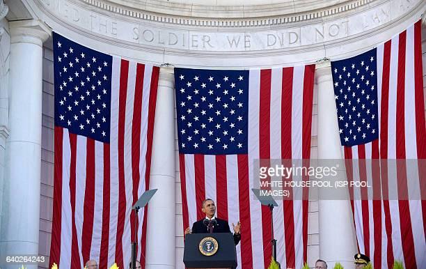 US President Barack Obama speaks at Arlington National Cemetery November 11 2015 in Arlington Virginia President Barack Obama visits Arlington...
