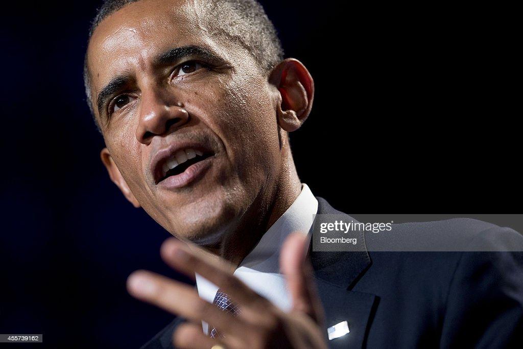 President Obama Speaks At The DNC Women's Leadership Forum : News Photo