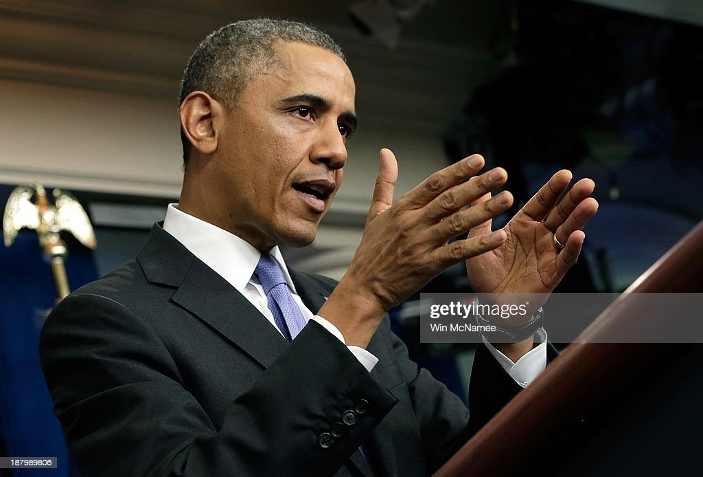 U.S. President Barack Obama speaks on the Affordable Care Act in the White House briefing room November 14, 2013 in Washington, DC. The president announced that canceled insurance plans would be renewed for a year.