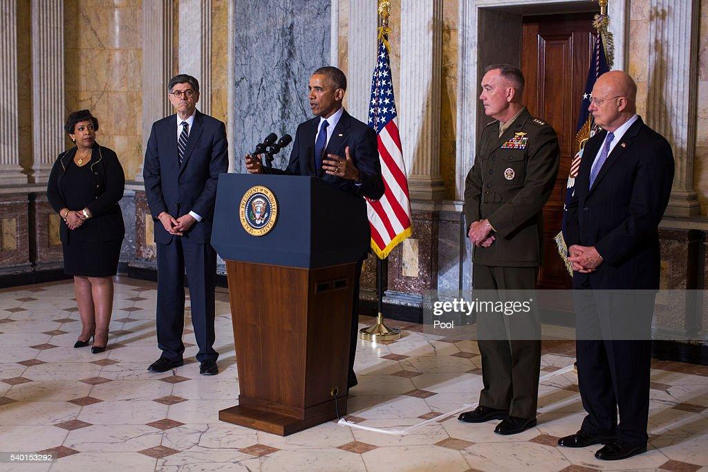 President Obama Receives Briefing On Orlando Shooting : News Photo