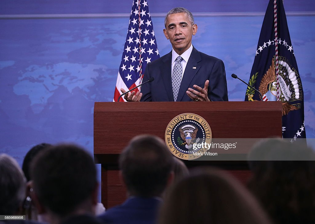 President Obama Chairs A Nat'l Security Council Meeting At The Pentagon On The Counter-ISIL Campaign : News Photo