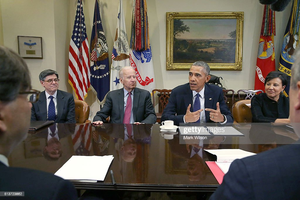 President Obama Receives Update On The Economy
