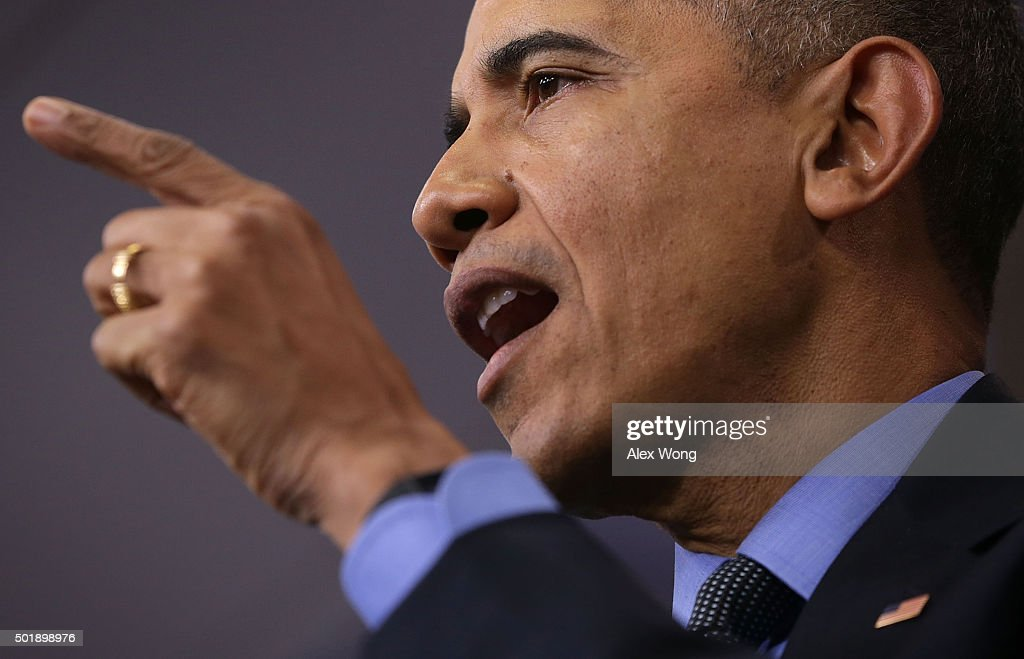U.S. President Barack Obama speaks to the media during his year end press conference in the Brady Briefing Room at the White House December 18, 2015 in Washington, DC. Later today President Obama will travel to San Bernardino, California, to meet with families of the 14 victims of the recent mass shooting, before heading to Hawaii for Christmas vacation and return on January 3, 2016.