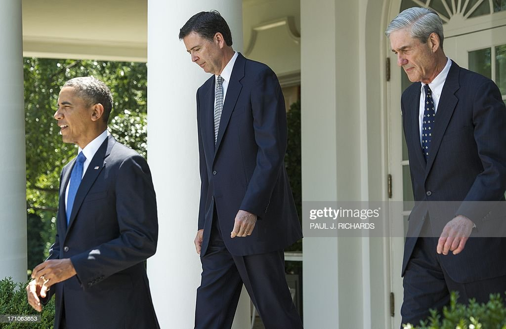 Us President Barack Obama Steps Into The Rose Garden Of The White
