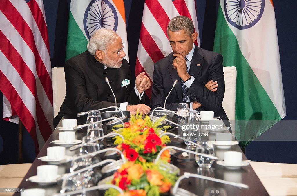 US President Barack Obama (R) talks with Indian Prime Minister Narendra Modi during a meeting at the UN conference on climate change COP21 on November 30, 2015 at Le Bourget, on the outskirts of the French capital Paris. More than 150 world leaders are meeting under heightened security, for the 21st Session of the Conference of the Parties to the United Nations Framework Convention on Climate Change (COP21/CMP11), also known as ìParis 2015î from November 30 to December 11.