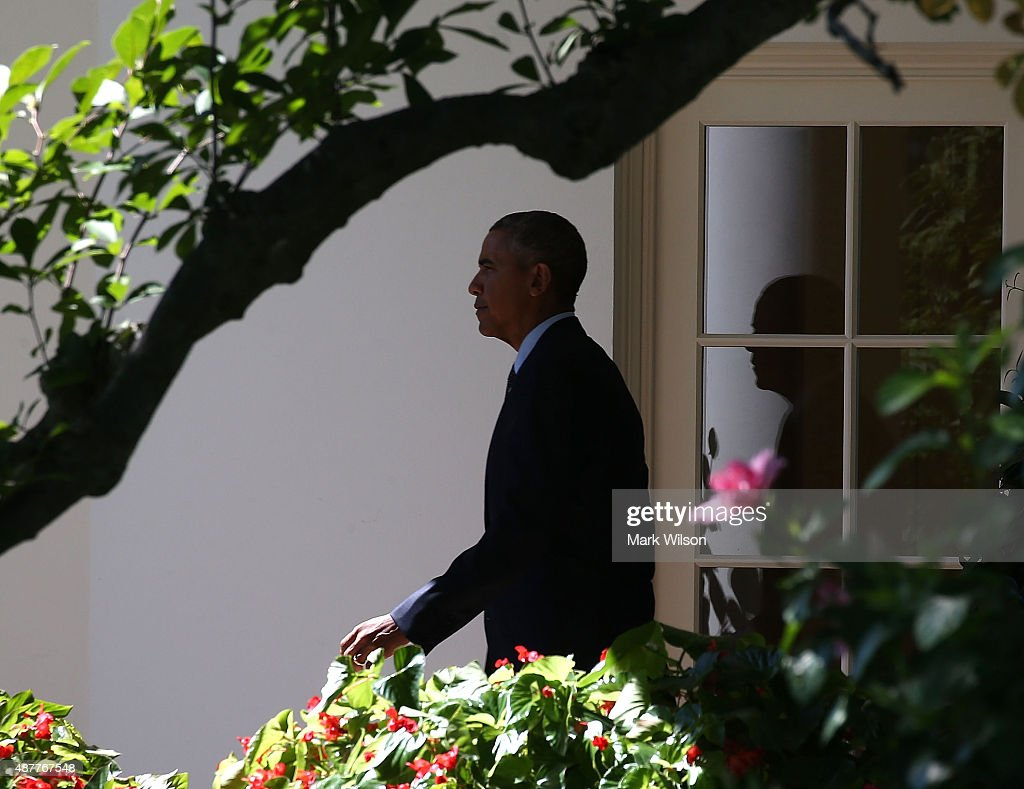 Us president barack obama walks out of the oval office to - When is obama out of office ...