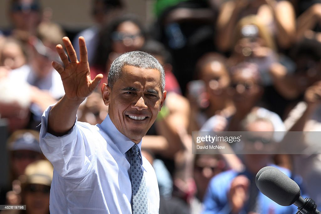 Obama Delivers Economic Address At Los Angeles Trade-Technical College : News Photo
