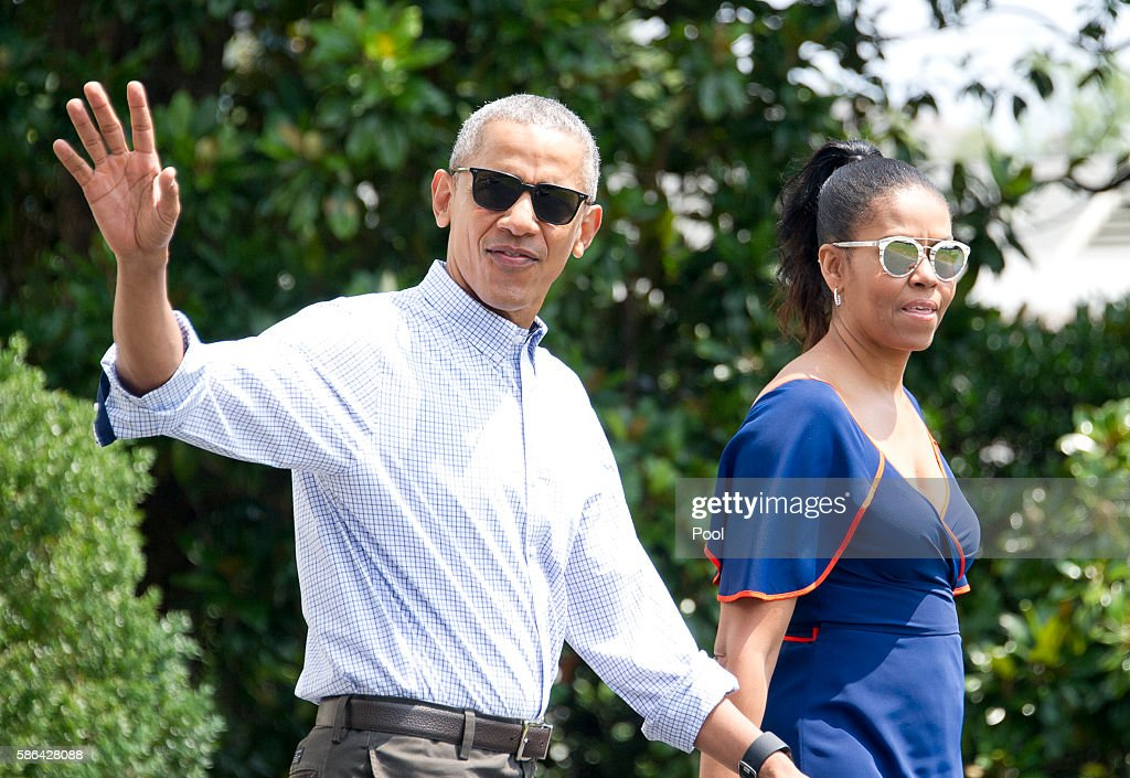 First Family Departs for Martha's Vineyard : News Photo