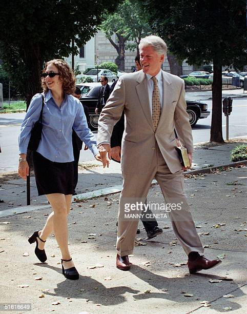 President Bill Clinton and his daughter Chelsea arrive for Sunday worship services 01 August 1999 at the Foundry Methodist Church in Washington DC...