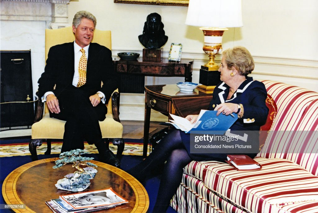Clinton & Albright In The Oval Office : News Photo