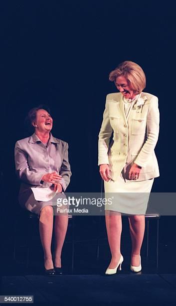 US President Bill Clinton's wife Hillary Clinton and Australian Prime Minister John Howard's wife Janette Howard at the Sydney Opera House 21...