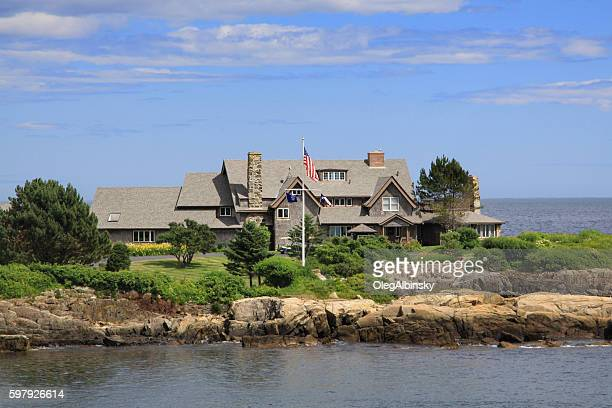 president bush compound, kennebunkport, maine. - american flag ocean stock pictures, royalty-free photos & images