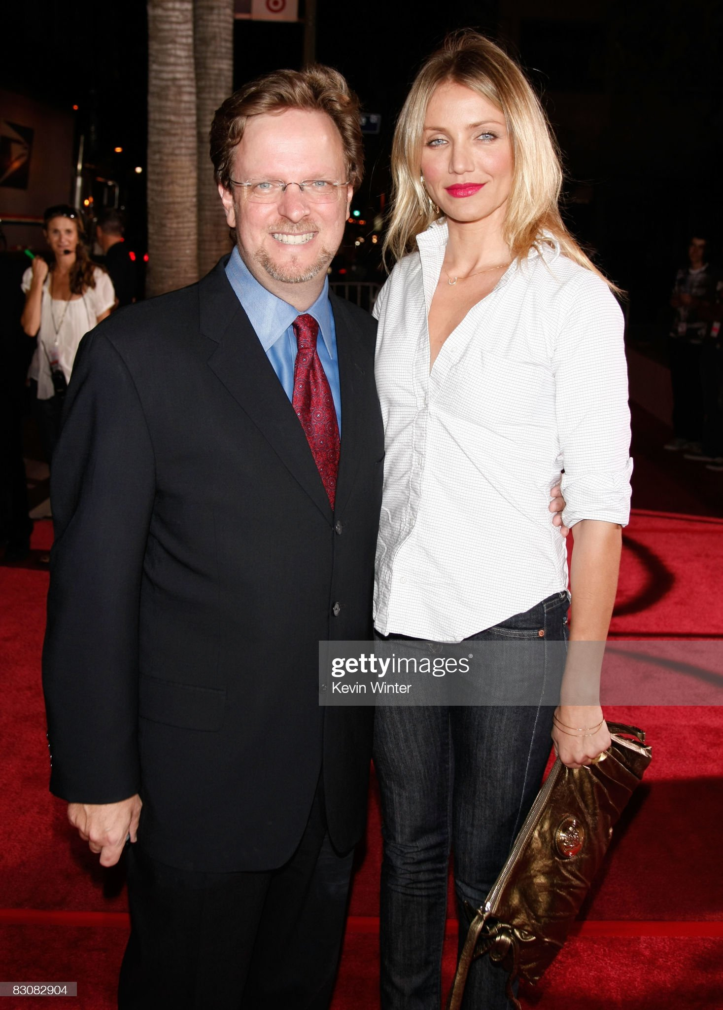 ¿Cuánto mide Bob Gazzale? - Real height President-ceo-bob-gazzale-and-actress-cameron-diaz-arrive-at-afis-at-picture-id83082904?s=2048x2048