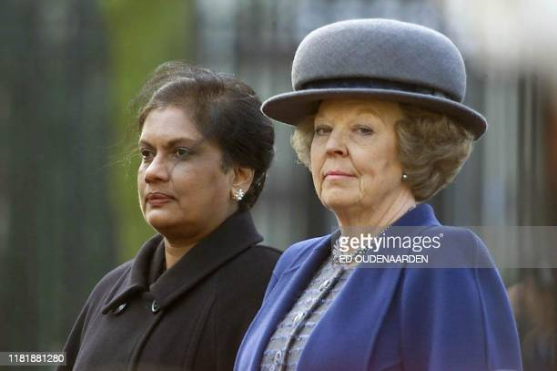 President Chandrika Kumaratunga from Sri Lanka is welcomed by Dutch Queen Beatrix at the Paleis Noordeinde in The Hague 19 March 2001. Kamaratunga is...