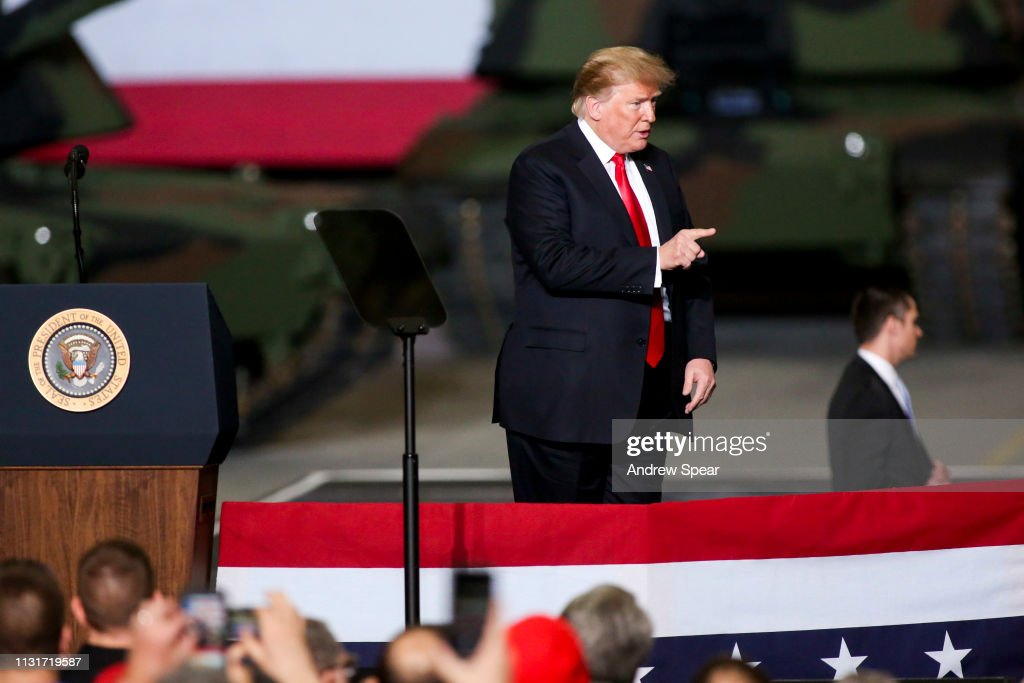 President Trump Visits U.S. Army Tank Plant In Ohio : News Photo