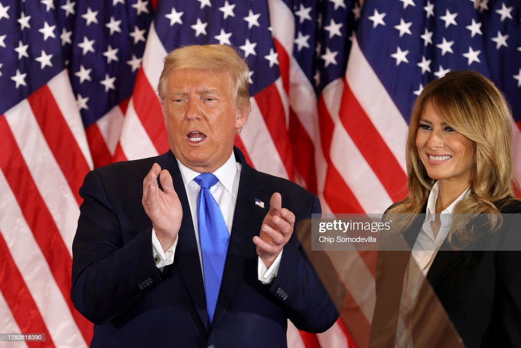 President Donald Trump Holds Election Night Event At The White House : Nieuwsfoto's