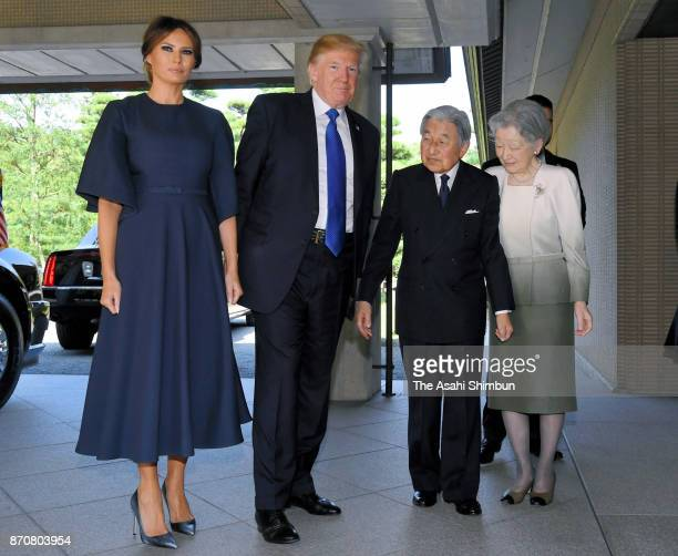US President Donald Trump and his wife Melania are welcomed by Emperor Akihito and Empress Michiko prior to their meeting at the Imperial Palace on...