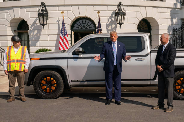 DC: President Trump Tours New Lordstown Endurance Electric Pickup Truck
