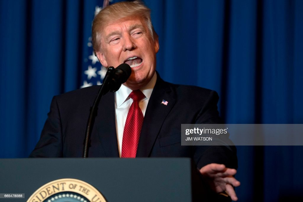 TOPSHOT-US-SYRIA-CONFLICT-MILITARY-STRIKE-TRUMP : News Photo