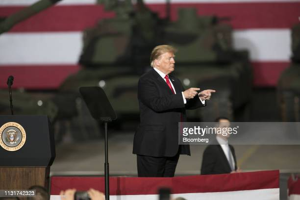 US President Donald Trump gestures to attendees at the Joint Systems Manufacturing Center in Lima Ohio US on Wednesday March 20 2019 Trumpon...