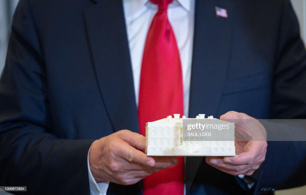 US-POLITICS-TRUMP-LAB : News Photo