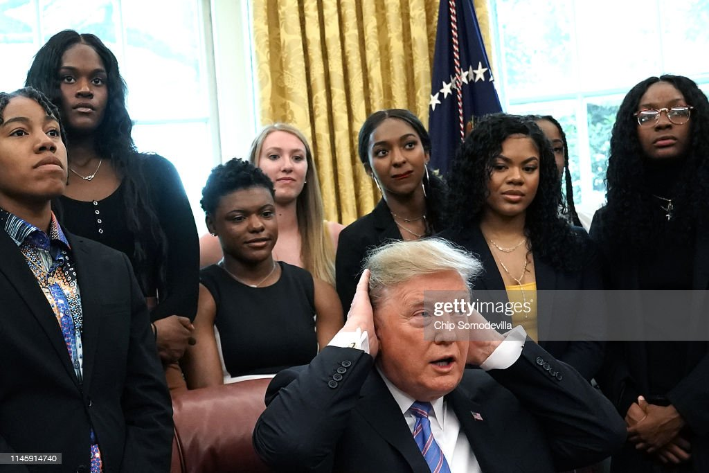 President Donald Trump Welcomes The 2019 NCAA Division I Women's Basketball National Champions Baylor Lady Bears to the White House : News Photo