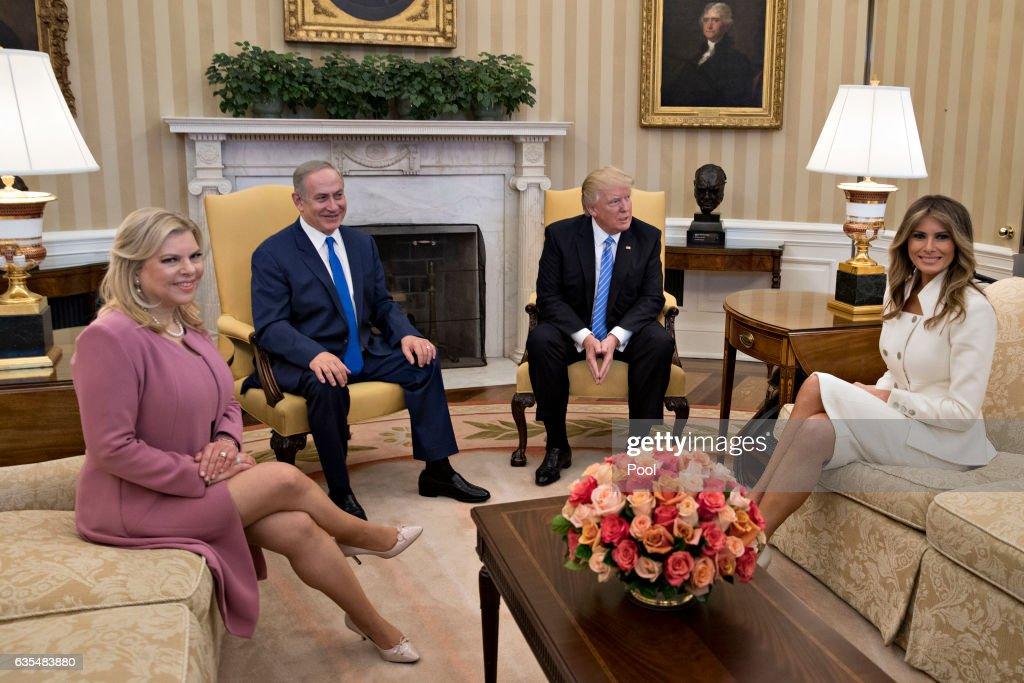 President Trump Meets With Israeli Prime Minister Benjamin Netanyahu At The White House : Nyhetsfoto