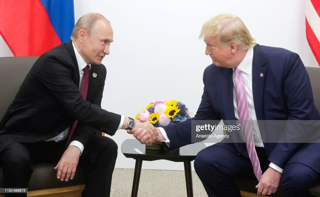 Vladimir Putin - Donald Trump meeting in Osaka : News Photo