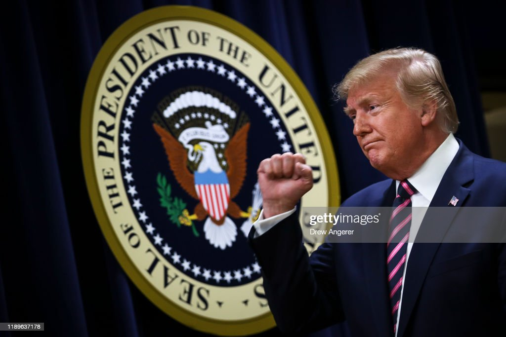 President Trump Delvers Remarks At White House Mental Health Summit : Nieuwsfoto's