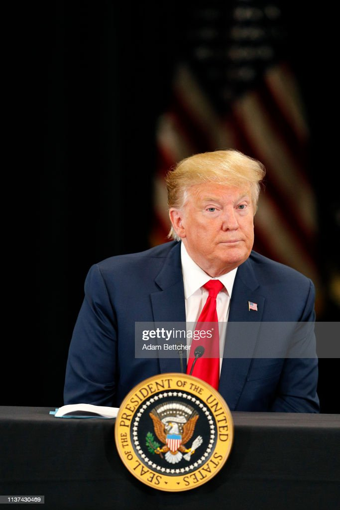 President Trump Attends Roundtable Discussion On Economy And Tax Reform At Trucking Equipment Company In Minnesota : News Photo