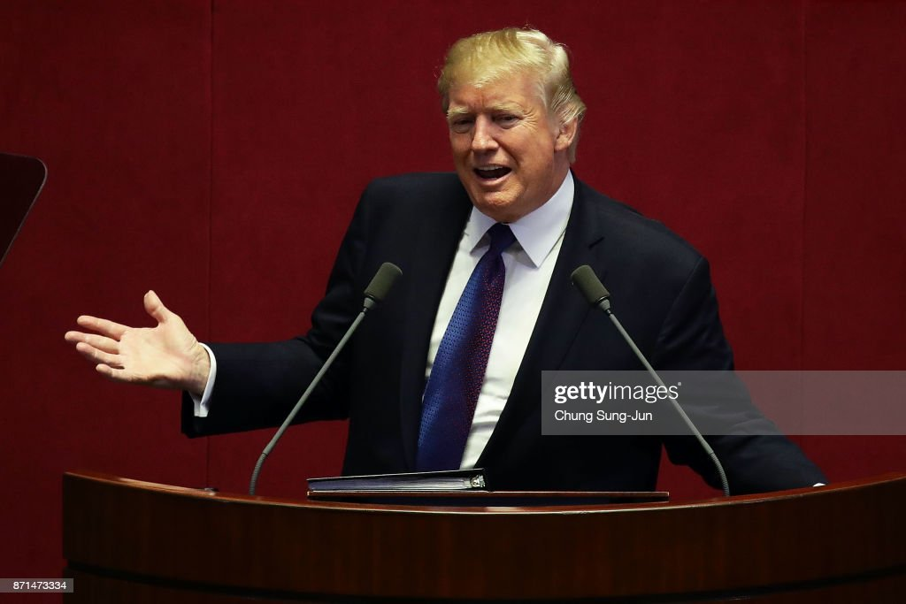 U.S. President Donald Trump Visits South Korea - Day 2 : News Photo