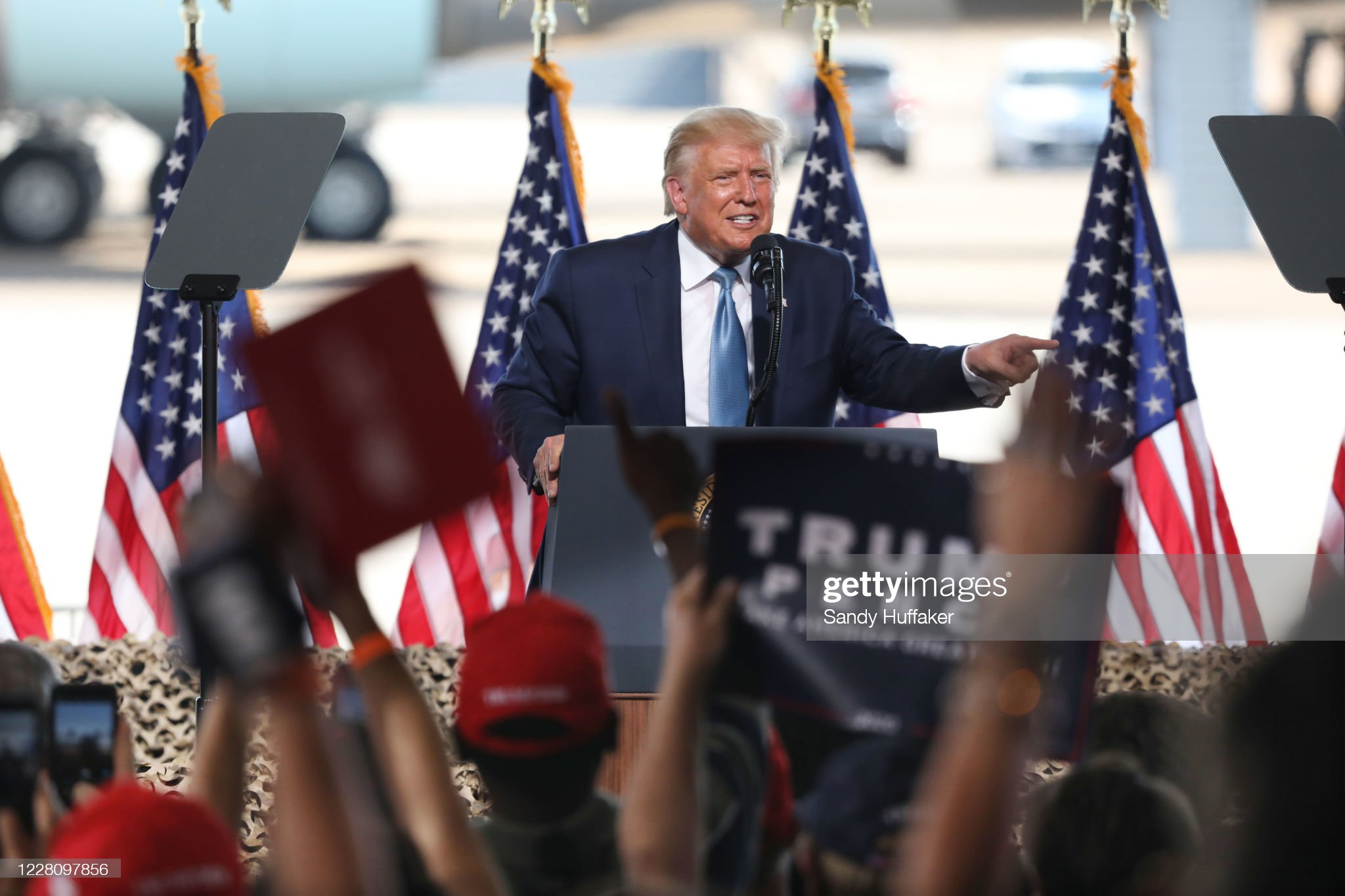 Donald Trump Holds Campaign Event In Yuma, Arizona : ニュース写真