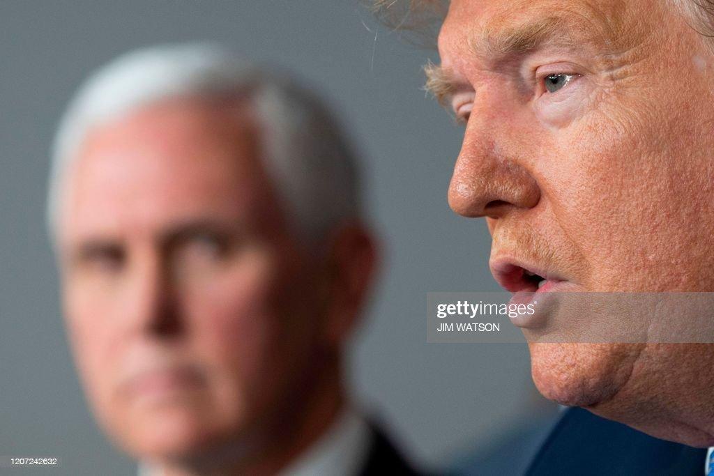 US-POLITICS-HEALTH-VIRUS-TRUMP : News Photo