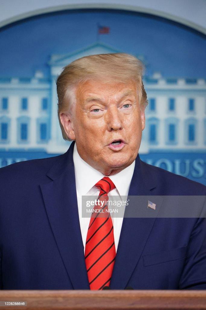 US-POLITICS-TRUMP-BRIEFING : News Photo