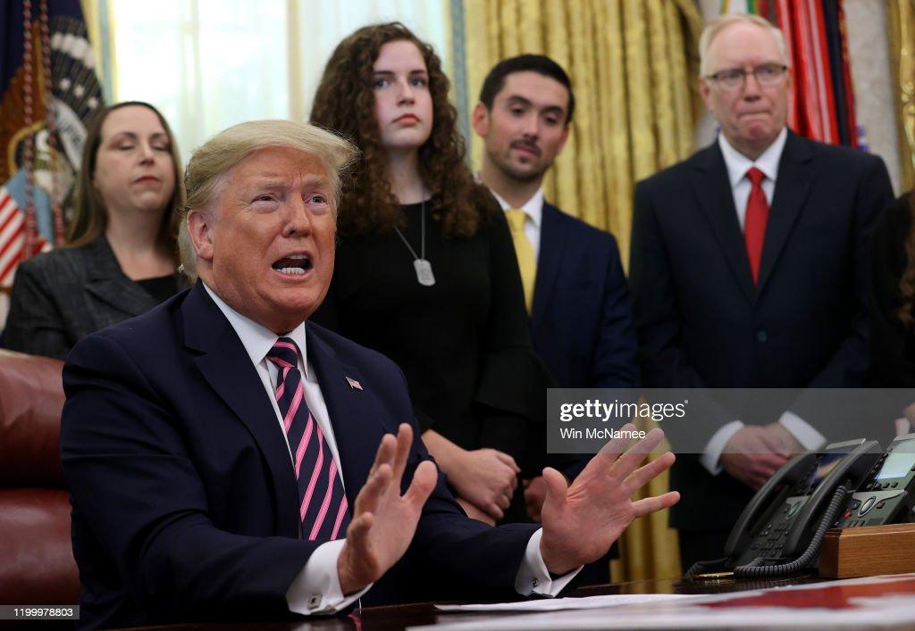 President Trump Announces Guidance On Constitutional Prayer In Public Schools : News Photo