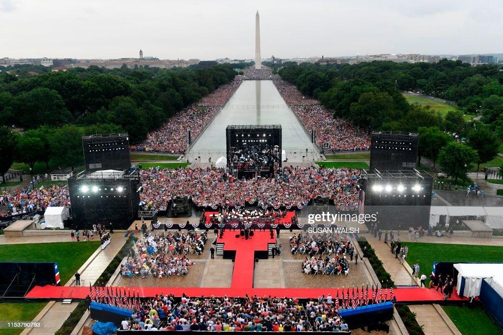 US-POLITICS-HOLIDAY-INDEPENDENCE : News Photo