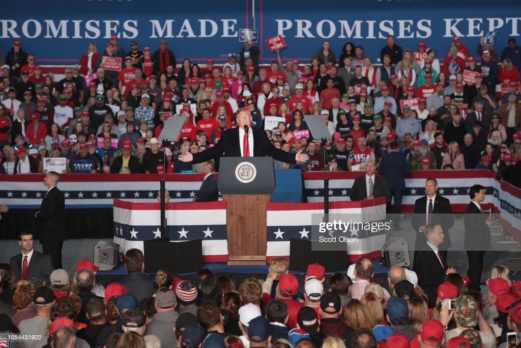 Donald Trump Holds MAGA Campaign Rally In Southern Illinois Ahead Of Midterm Elections : ニュース写真