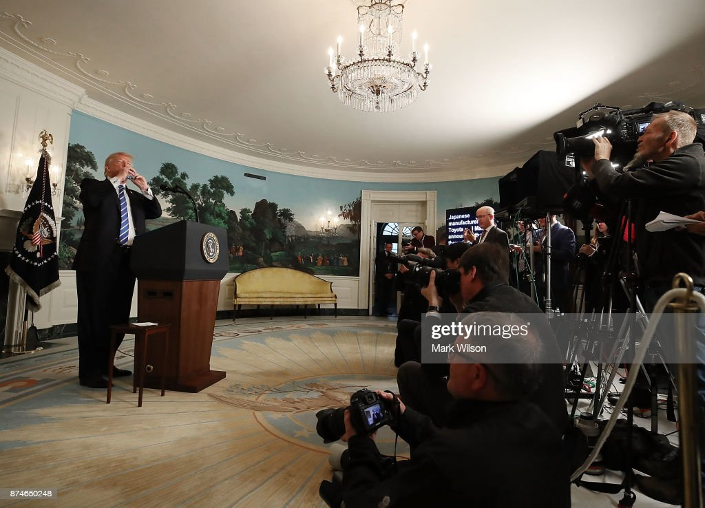 President Trump Delivers Remarks In The Diplomatic Room Of The White House : News Photo