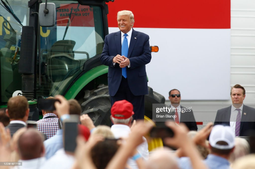 President Trump Speaks At Flavor 1st Growers And Packers in Mills River, North Carolina : News Photo
