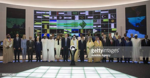 US President Donald Trump US First lady Melania Trump Saudi Arabia's King Salman bin Abdulaziz alSaud and Egyptian President Abdel Fattah elSisi pose...