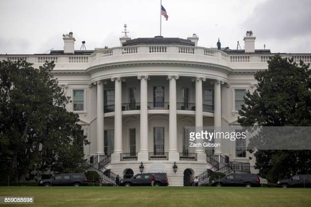 President Donald Trump's motorcade arrives at the White House on October 8 2017 in Washington DC Trump is returning from a visit to Trump...