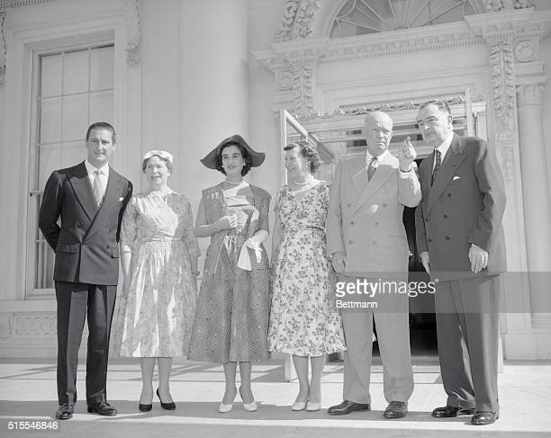 President Eisenhower today received the Marquesa De Villaverde daughter of Generalissimo Francisco Franco of Spain Shown above at the White House l...