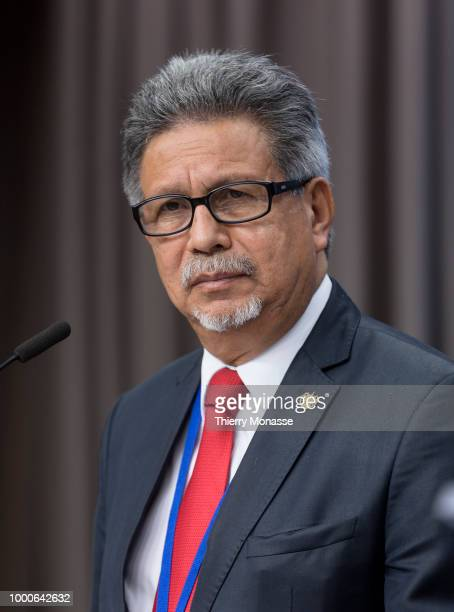President El Salvador Foreign minister Castaneda Magana Carlos Alfredo is talking to media at the end of an EUCELAC Foreign Ministers meeting at the...