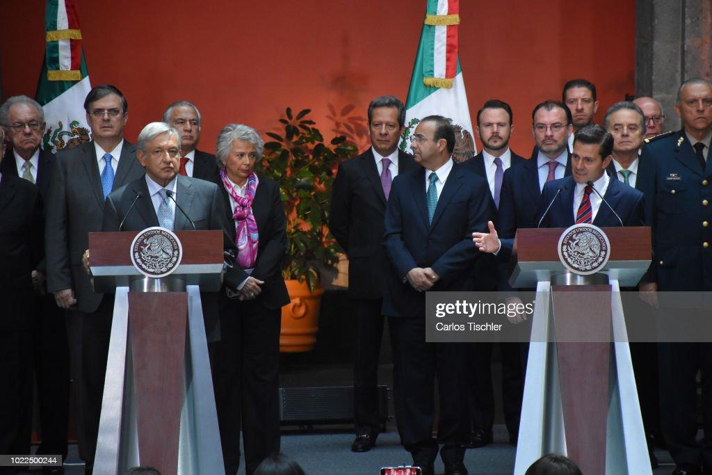 Andres Manuel Lopez Obrador Meets Enrique Pena Nieto : News Photo