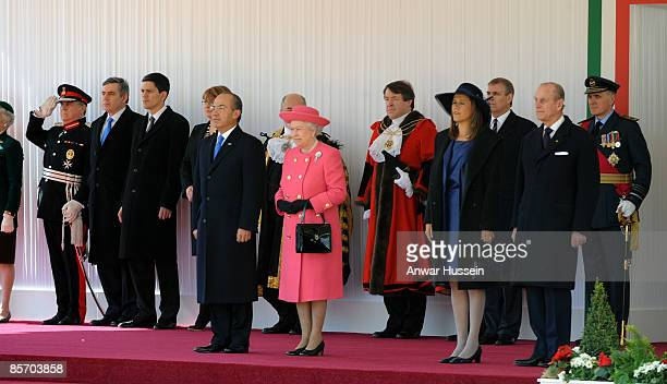 President Felipe Calderon of Mexico Queen Elizabeth ll Senora Margarita Zavala and Prince Philip Duke of Edinburgh during an official ceremonial...