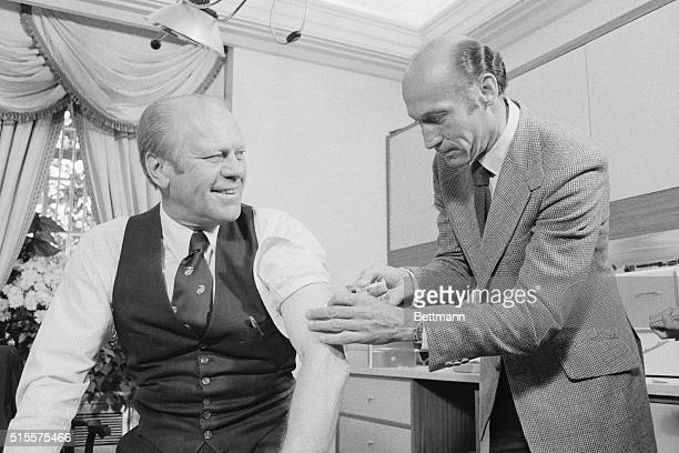 President Ford gets swine flu shot from Wm Lukash 10/14/76