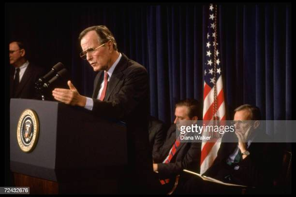 President George Bush announcing his Savings Loan rescue planwith Treasury Secretary Nicholas Brady and OMB Director Richard Darman in background