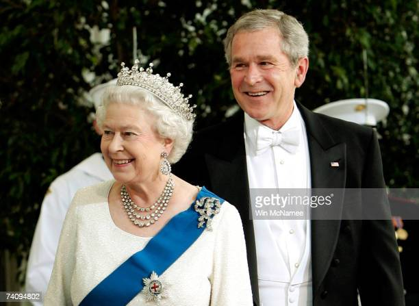 President George W. Bush and Her Majesty Queen Elizabeth II arrive on the North Portico of the White House for a formal white-tie state dinner May 7,...